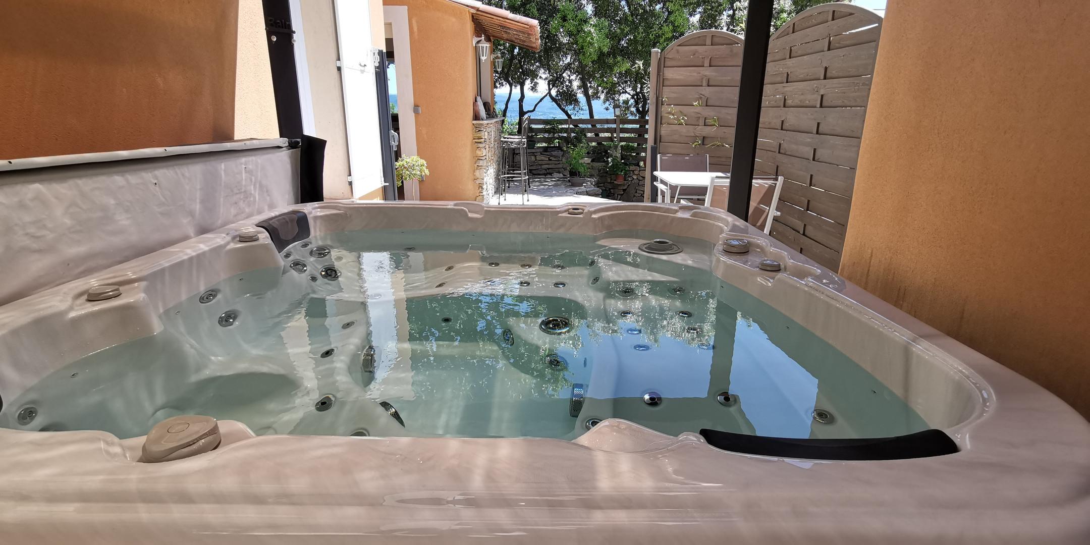 spa privatif 5 places