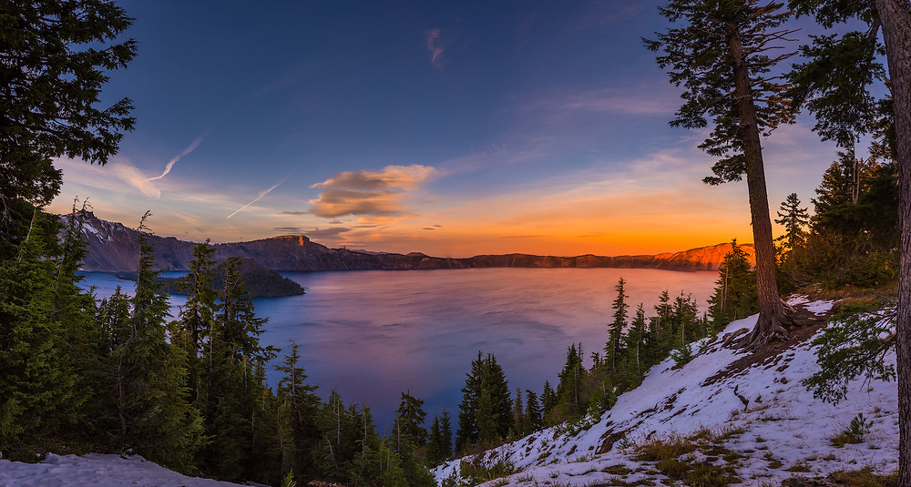 Best Hikes in Oregon crater lake