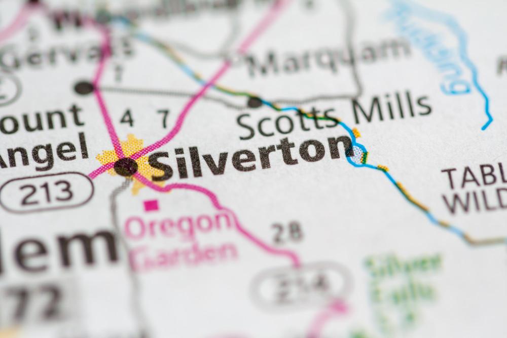 silverton oregon hotel
