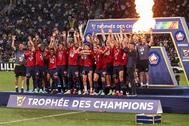 ليل يهزم باريس سان جيرمان ويتوج بالسوبر الفرنسي لأول مرة في تاريخه
