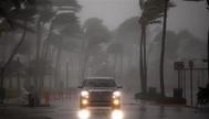تحذيرات من رياح عاتية تتسبب في إنقطاع الكهرباء عن الساحل الشرقي لأمريكا