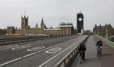 تطور مخيف بحالات كورونا في بريطانيا.. أرقام مرعبة تنذر بسيء قادم