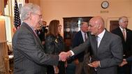 مكونيل: القاعدة ستعود لأفغانستان وعلى بايدن التراجع عن الانسحاب