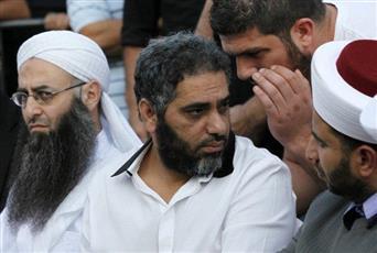 الحكم على الفنان فضل شاكر بالسجن 22 عاماً مع الأشغال الشاقة