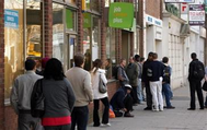 انخفاض معدل البطالة في بريطانيا.. بفضل حماية حكومية للوظائف