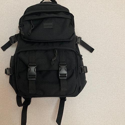 カジュアルバッグパック