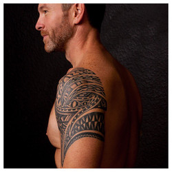 Really enjoyed making this happen, really strong looking tattoo #ryanhenereytattoos #ryanhenerey #ra