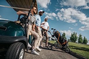 Golfeurs voiturette.jpg