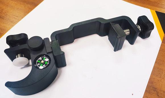 Крепление для контролера/смартфона  на веху металическое с компасом