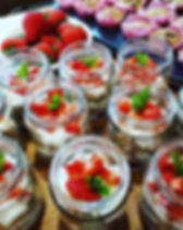 Yogurt pots with granola and fruit #heal