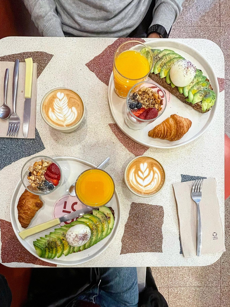 Dot Café Bar