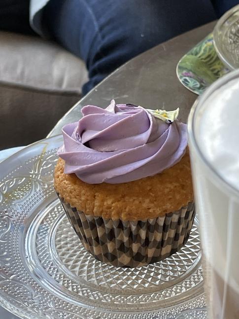 Cupcake de violetas