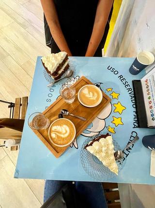 Tarta y café de Randall Coffee