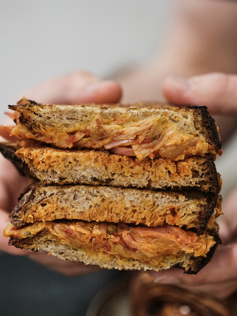 Grilled cheese con kimchi
