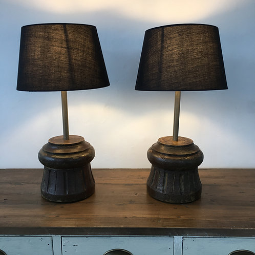 PAIR OF SMALL COLUMN LAMPS