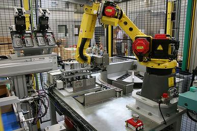 重量物ハンドリングロボット