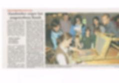 Murnauer Tagblatt, Artikel über Hanwerkertag im Freilichtmuseum Glentleiten, Stuhlflechterin Susanne Achtzehner