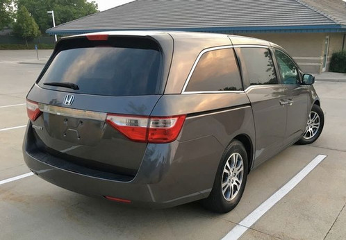 LOOK AT THIS NICE 2011 HONDA ODYSSEY LX WITH ONLY 97K MILES, CLEAN TITLE,  LOADED WITH POWER WINDOWS, POWER DOOR LOCKS, POWER REAR SLIDING DOORS, REAR  A/C, ...