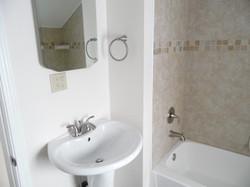 1154 SmithFarm - Bath2.JPG
