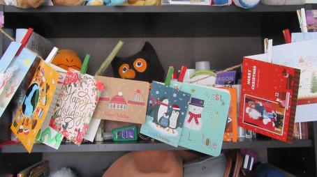 DIY Holiday Card Pegs