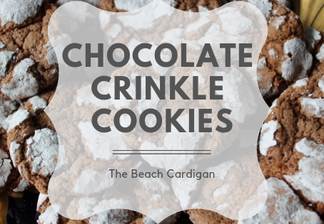 The Easiest (and yummiest) Chocolate Crinkle Cookies