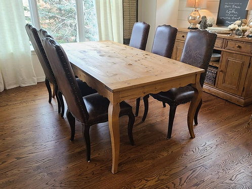 Country Cabriole Dining Table