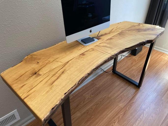 Mulberry slab desk