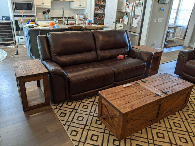 Country style end tables and coffee table
