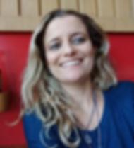Dra. Julia Pinhero Chagas da Cunha