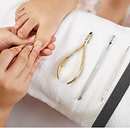 Ideal for those who may have difficulty trimming their nails toenails. Au Naturalé Salon and Mobile Beauty, owned by a qualified and licensed beauty therapist,is an accredited, professional and private beauty salon and spa located in Woodbine, Campbelltown. Our mobile beautician travels to Campbelltown, Camden and Macarthur regions and provides beauty treatments at your home, aged care homes, nursing homes, retirement villages, hospitals, disability centres, group homes for the disabled.