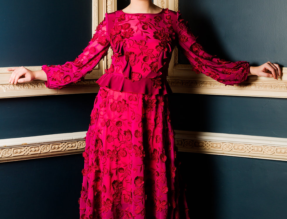 Maxi style burgundy/Pink embroidered floral dress