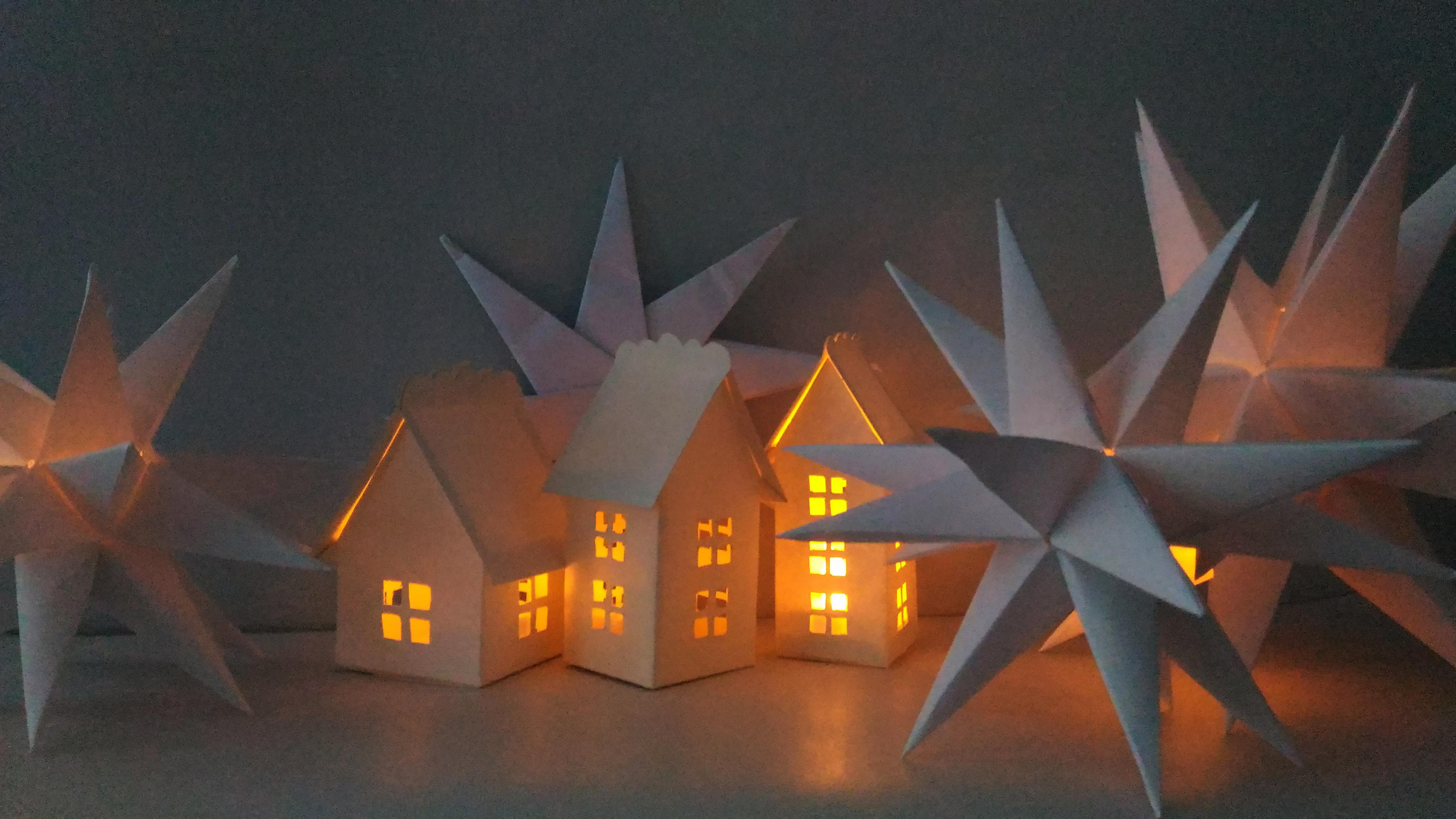 Căsuțe Luminate - seara