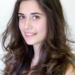 Ylenia - ospite - cantante