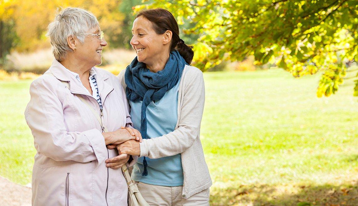 1140-AARP-Helping-Seniors.web