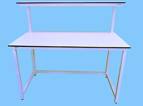 workbench with upper top shelf.png