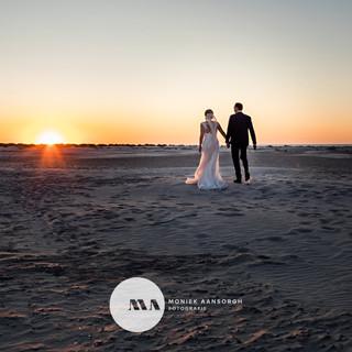 Zonsondergang strand Anke & Tim foto Mon