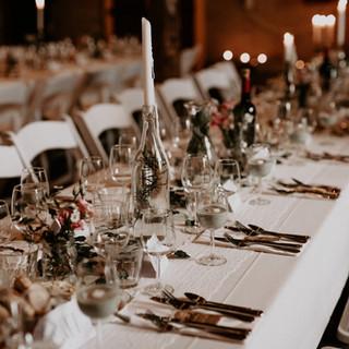 Gedekte tafel diner op locatie