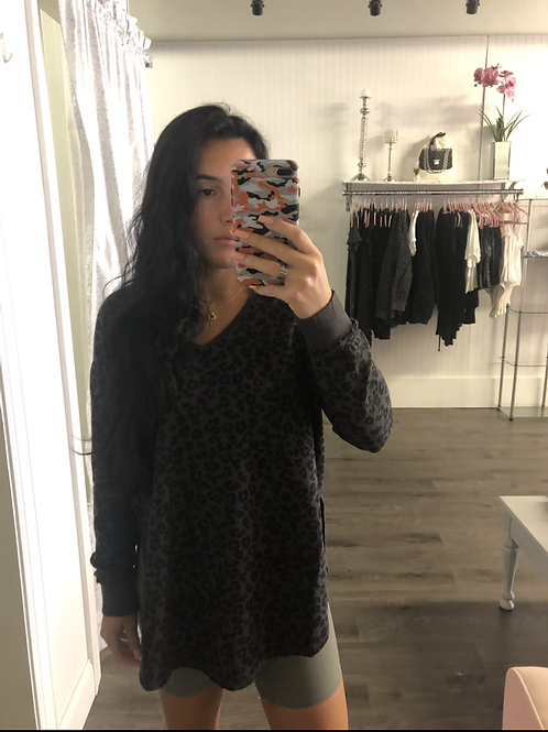 Cheetah Weekender Sweatshirt