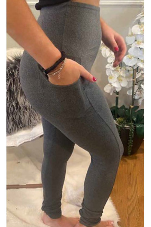 One size High waisted side pocket super soft leggings
