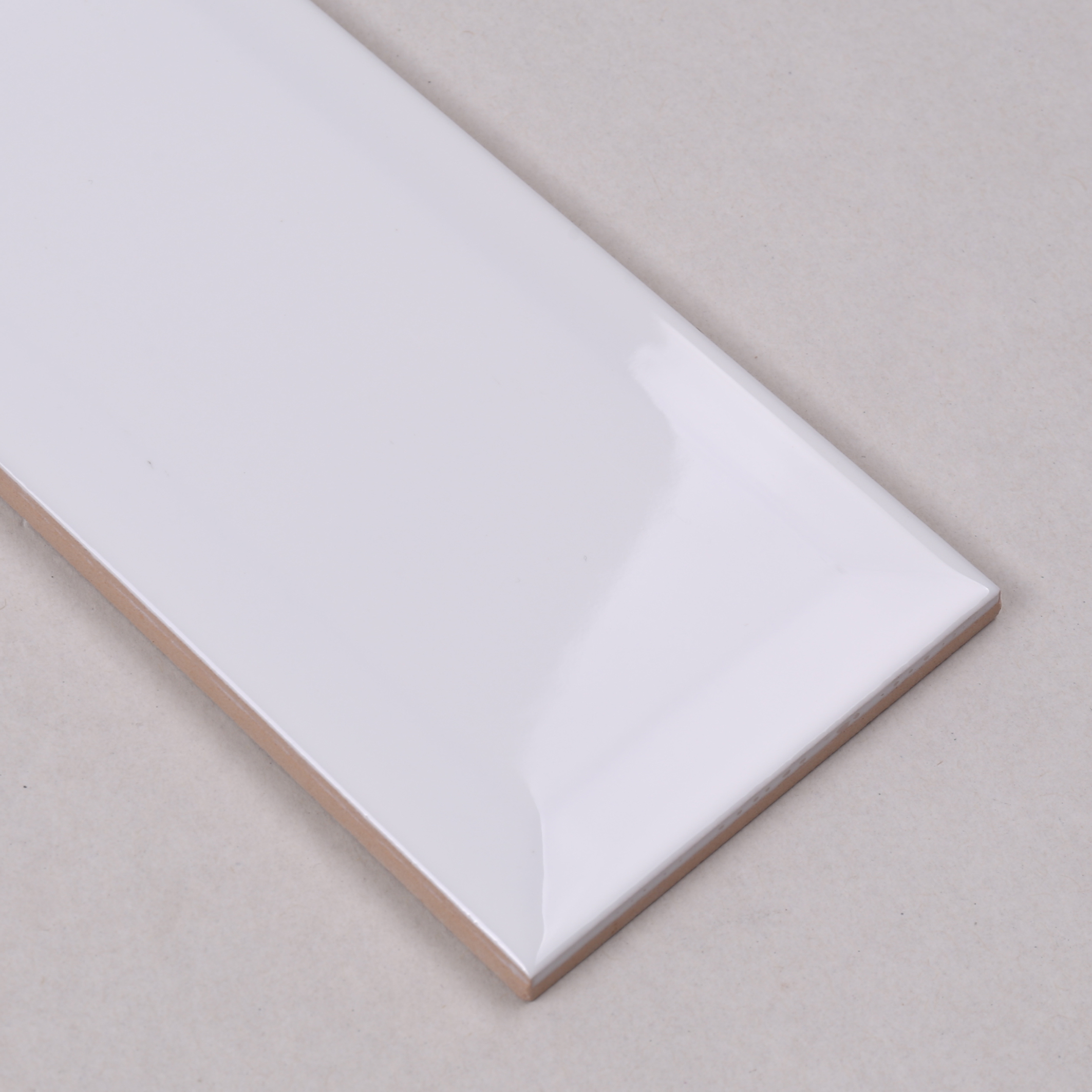 Bevel Gloss 75x150x8 (4)