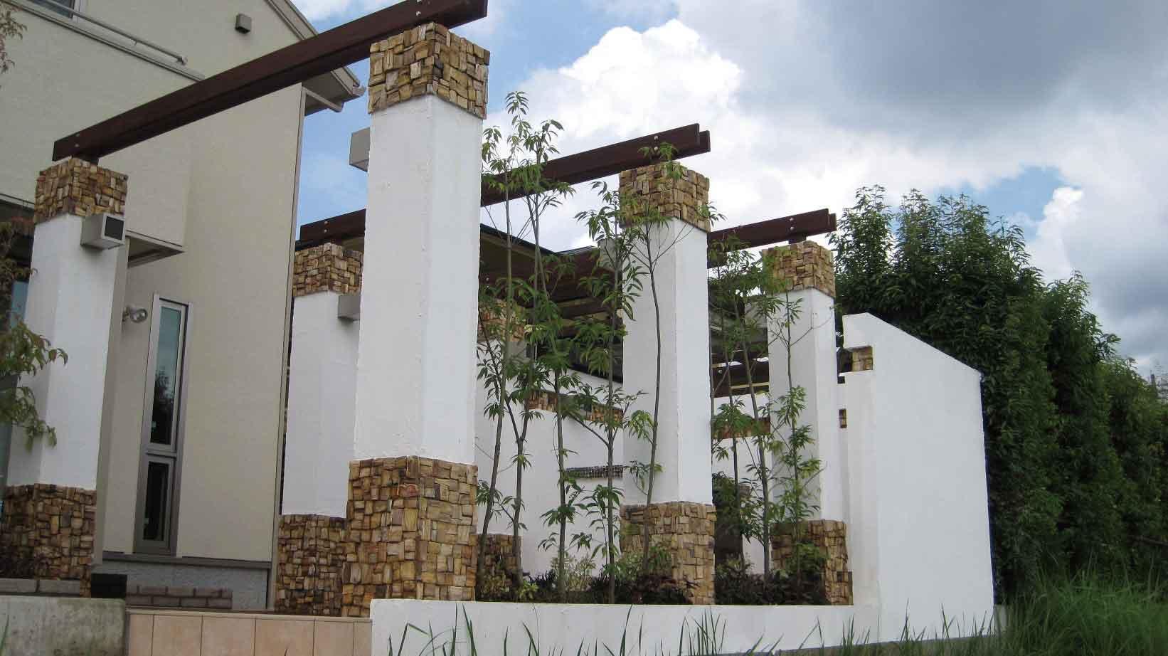 マダガスカルウッドストーン