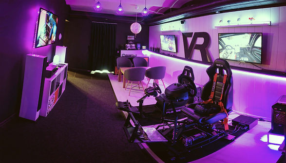 racing room_vrgaming_race_cars_low size.