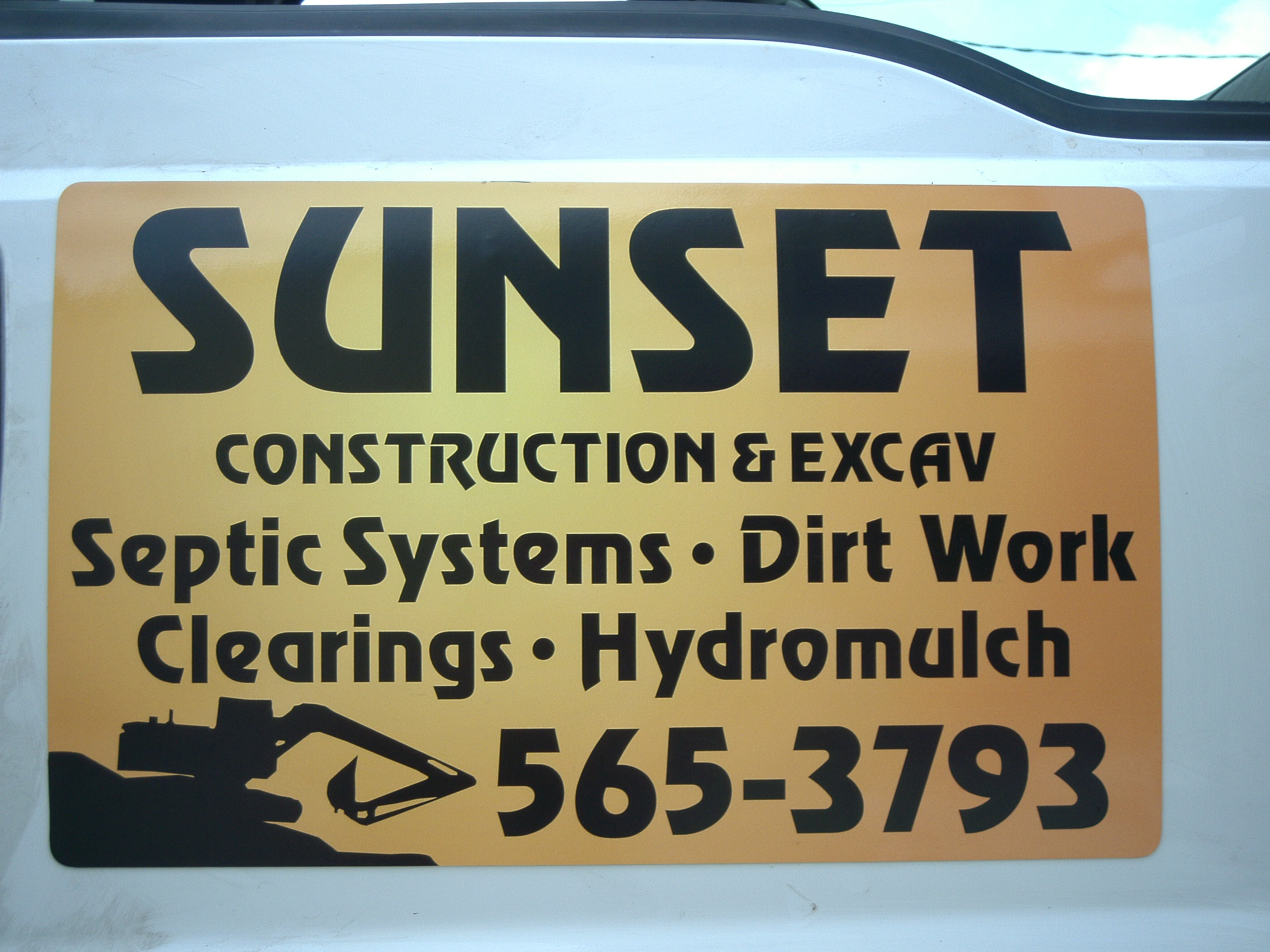 Sunset Construction - lk10152.JPG