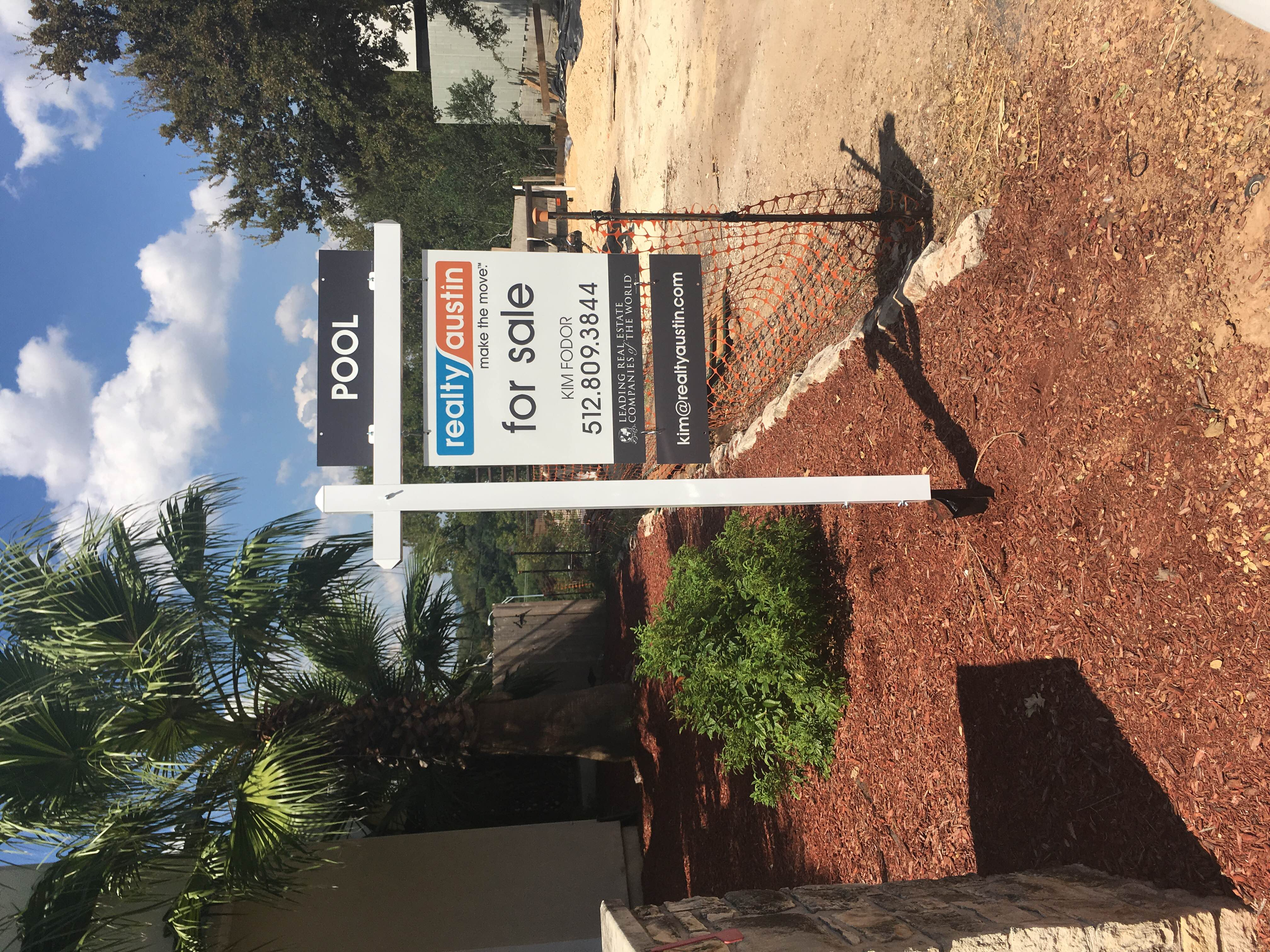 Realty Austin Colonial Post