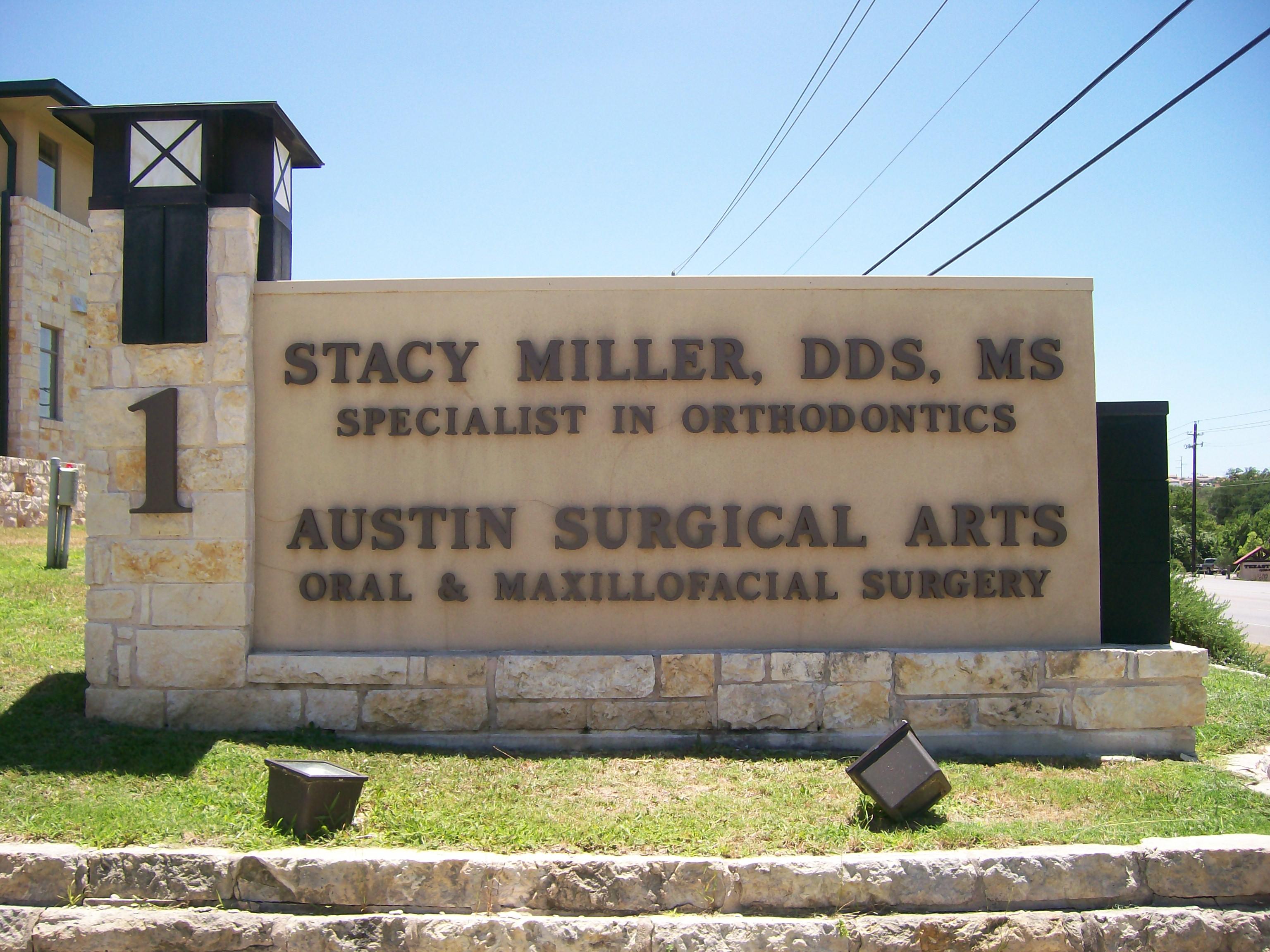 Stacy Miller Lettering Monument