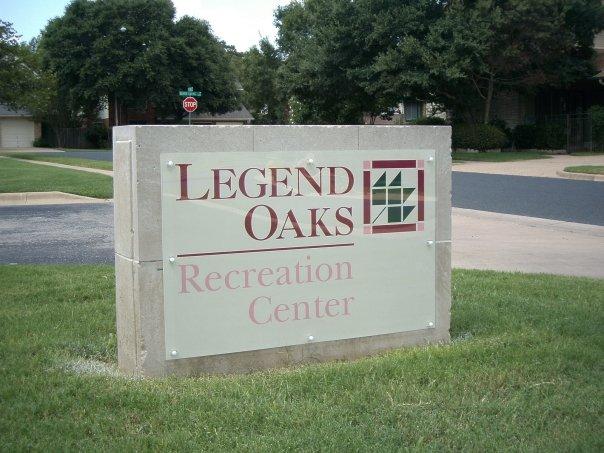 Legend Oaks Barrel Mounted Monument