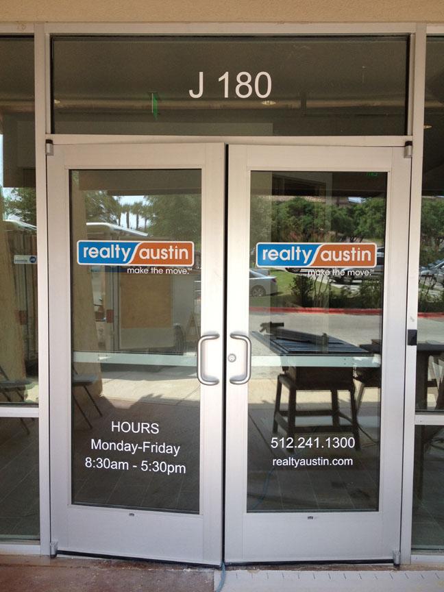 Realty Austin - lk36515 -2.jpg