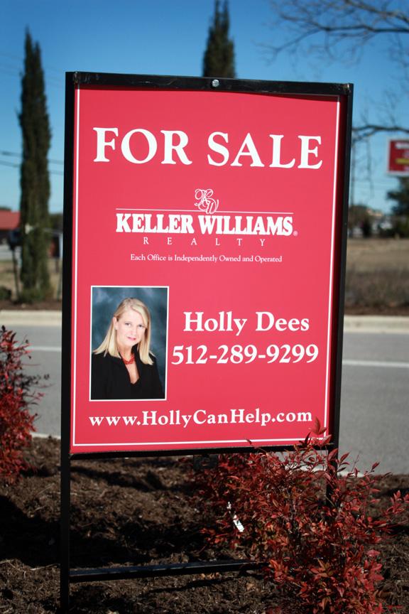Holly Dees - lk21984.jpg