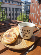 Kaffee mit Arepas am Morgen - Que Rico!