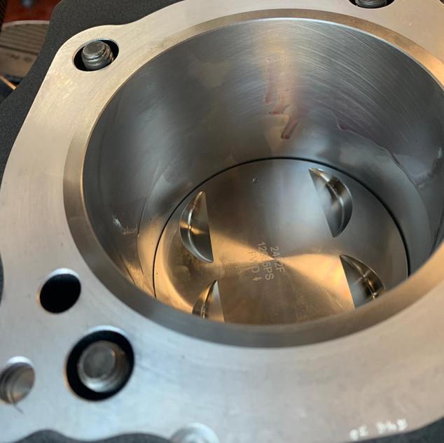 zuiger in cilinder.jpg